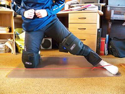 kneepads in use